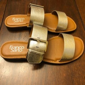 NWT FRANCO SARTO Silver Metallic slide on sandals
